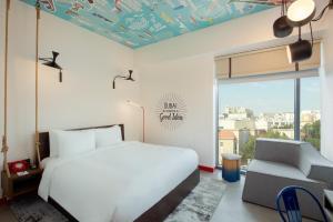 Hampton by Hilton Dubai Al Seef (1 of 45)