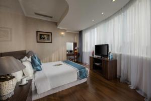 Danly Hotel