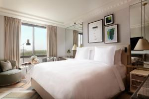 Four Seasons Hotel London at Park Lane (29 of 100)
