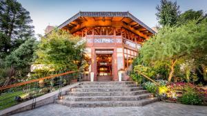 Portal del Lago Hotel
