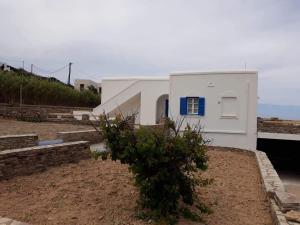 Vila Apostolis Antiparos Greece