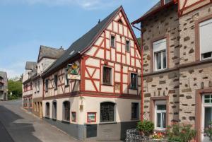 Alte Weinstube Burg Eltz - Binningen
