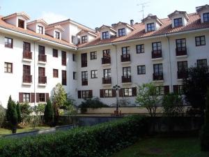Apartamentos Club Condal, Отели  Комильяс - big - 23