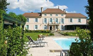 Chateau Du Mont Joly - Hotel - Sampans
