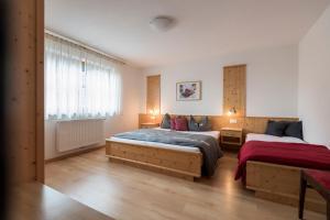 Apartments Obereggerhof