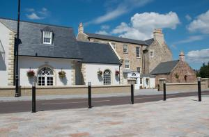 Dumfries Arms Hotel - Mauchline