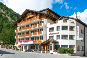 Hotel Portjengrat - Saas Almagell
