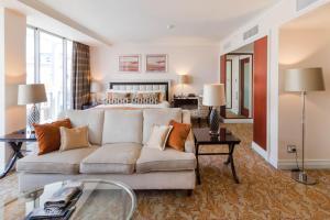 The Taj Cape Town- the Taj Residence suite let out privately