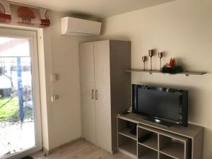Pervalka 13-5, Апартаменты/квартиры  Первалка - big - 13