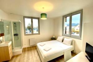 Résidence 5 chambres 5 salles de bain - Hotel - Vétraz-Monthoux