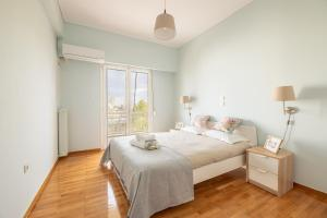 Perfect, fully equipped apartment for two, very close to Marousi Train Station