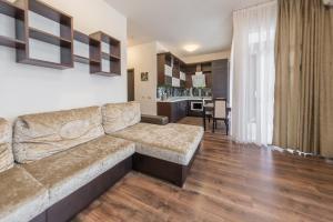Apartment on Parusnaya 15