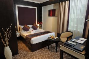Carlton Tower Hotel, Hotely  Dubaj - big - 34