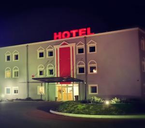 Hotel Holidays