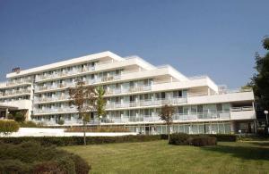 Hotel Com -Inclusive