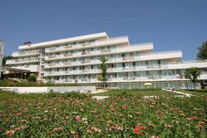 Hotel Com - All Inclusive, Албена