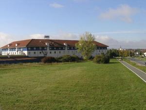 Center Hotel Drive Inn - Altendorf