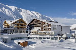 Hotel Alpina deluxe, Зёльден