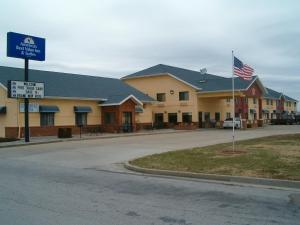 """Americas Best Value Inn and Suites - Nevada"""