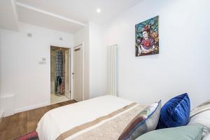 Stylish garden apartment Nr High Street Kensington, Ferienwohnungen  London - big - 5