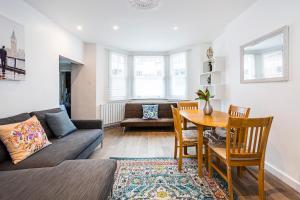 Stylish garden apartment Nr High Street Kensington, Ferienwohnungen  London - big - 2