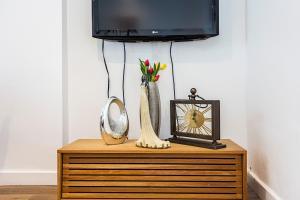 Stylish garden apartment Nr High Street Kensington, Ferienwohnungen  London - big - 24