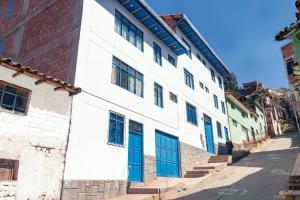 Hotel Del Prado Hometown
