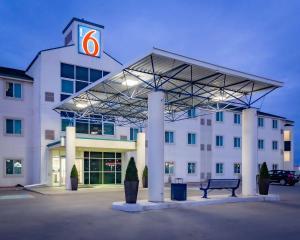 Motel 6-Saskatoon, SK