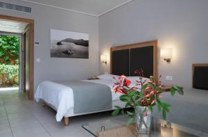 Kontokali Bay Resort & Spa (8 of 120)