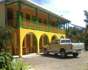 Cabinas Manzanillo, Puerto Manzanillo