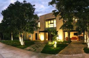 Xaha Villas Suites & Golf Resort