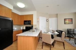 Whitehall Suites - Mississauga Furnished Apartments, Apartments  Mississauga - big - 20