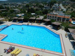 Hostels e Albergues - Telhinis Hotel