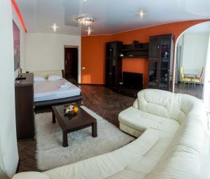 1K Luxury Apartment in the Center