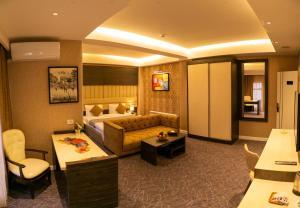 Parkway Inn Hotel & Spa