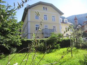 Residence Zum Theater - Apartment - Colle Isarco