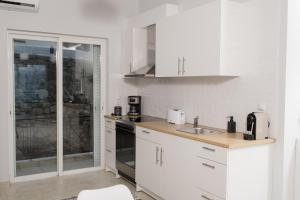 Comfy central apartment with Amazing View Achaia Greece