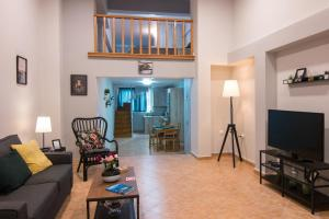 obrázek - Loft renovated flat 5' from the old town Corfu