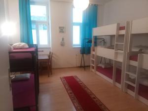 MoMore Apartments