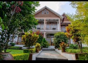 . Ubumwe Hotel Gisenyi