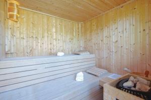 Holiday Home Arcadia with pool hot tub and sauna