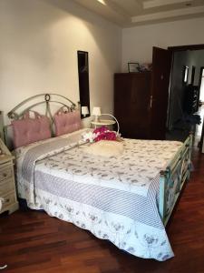 Camera Matrimoniale Economy con Bagno in Comune e Balcone