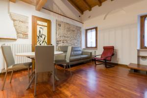 Appartamento Stradone Provolo - AbcAlberghi.com
