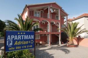 Adrian Apartments/ Jozo Martinovic