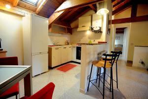 Fantastico appartamento centrale con parcheggio pr - AbcAlberghi.com