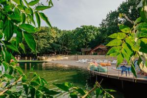 База отдыха Лесное Озеро, Михайловск