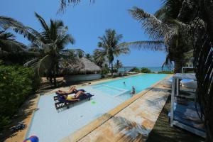 Dolphin Beach Resort (1 of 123)