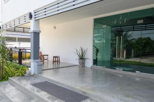 Munruk Hostel (มั่นรัก), Hostels  Prachuap Khiri Khan - big - 40