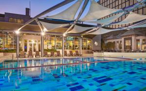 Holiday Inn Kuwait Al Thuraya ..