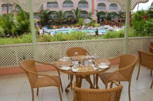 Sunbay Hotel, Hotely  Christ Church - big - 24